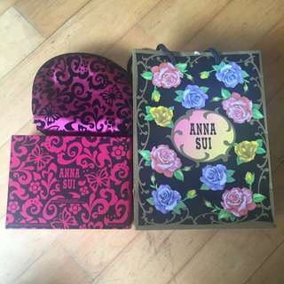 Anna Sui Touch Up Kit 02