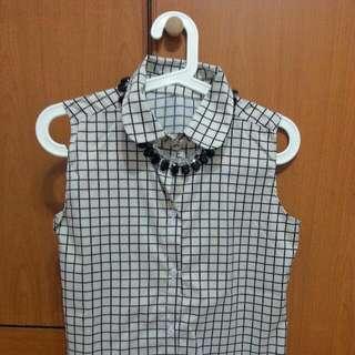 Checkered Sleeveless Blouse