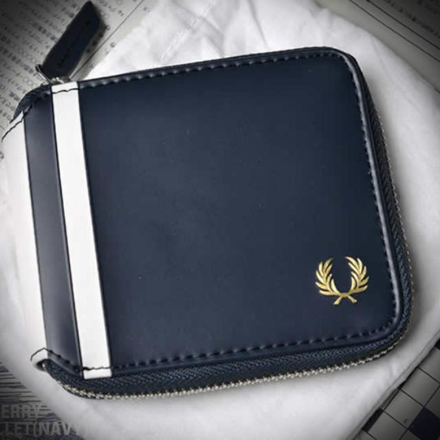 perry wallet ph fred