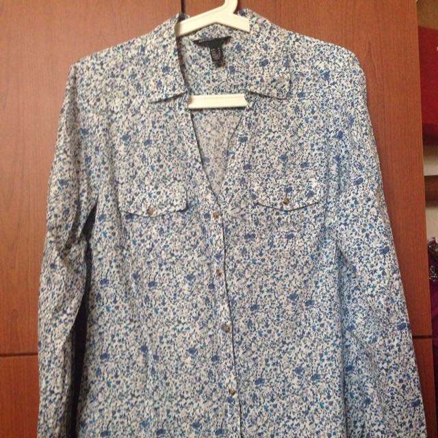 Mango Casual Long Sleeve Size USA small Condition 8/10