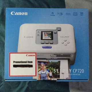 SELPHY CP720 Compact Photo Printer With Extra Color Print Paper