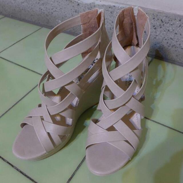 降👇米色羅馬鞋✨