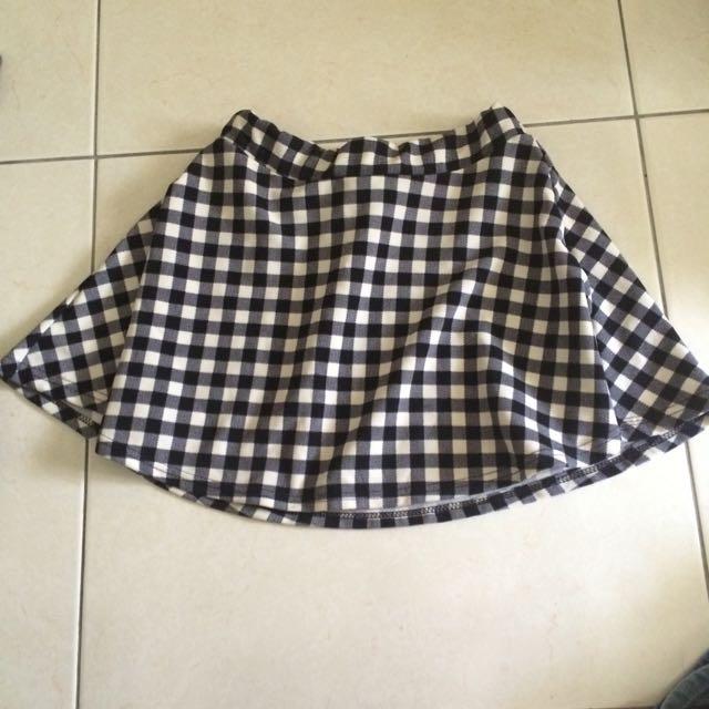 黑白格小圓裙