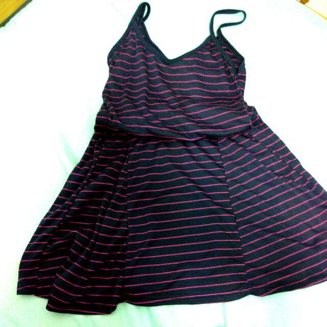 深紫細條紋細肩帶傘狀洋裝