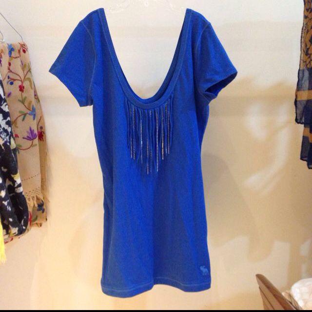 (已售出) A&f 寶藍上衣