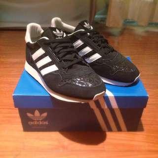 保留)Adidas zx500