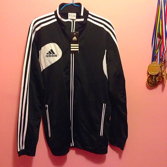 (待匯款)Adidas外套