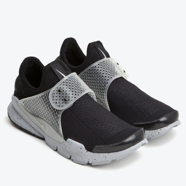 detailed look 60148 30b50 Nike Sock Dart SP Oreo Fragment Design