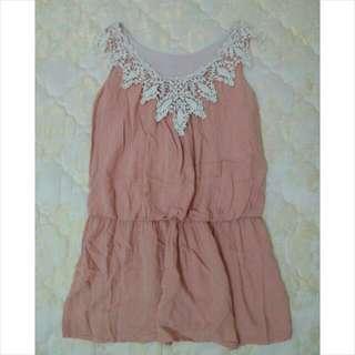 粉色背心洋裝