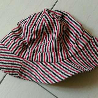紅黑條紋漁夫帽