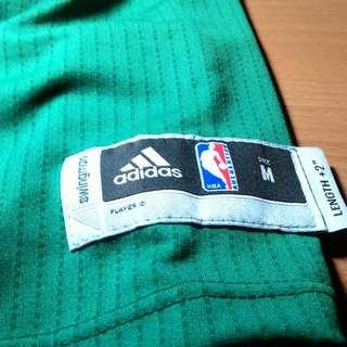 NBA 球衣正版 穿不下轉賣
