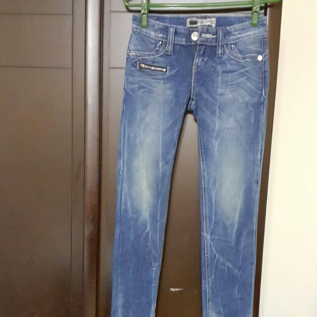 LEVIS全新3D立體剪裁牛仔褲(正品)
