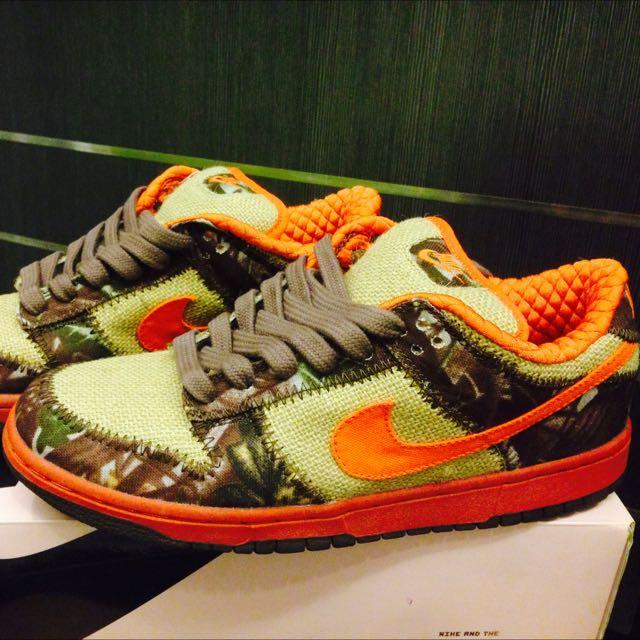 huge selection of b9f83 83a2b Nike Dunk SB Hunter Reese Forbes US 10 UK 9, Mens Fashion on