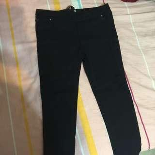 彈性超強黑褲 全新 超顯瘦