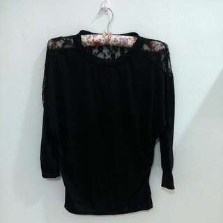 [BRAND NEW] Batwing Blouse