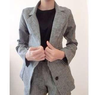 灰色OL西裝式短褲套裝