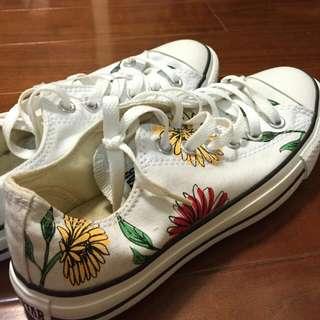(全新)Converse花朵帆布鞋