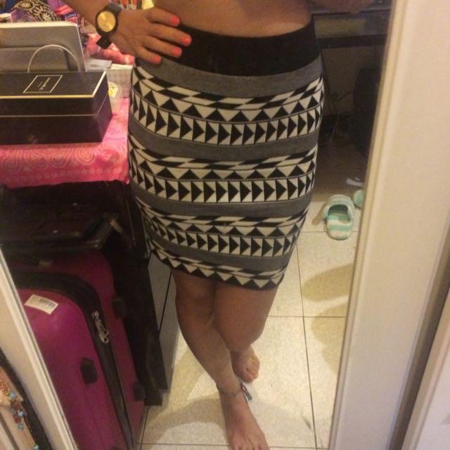 黑白幾何圖形窄裙
