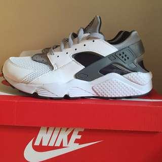 Nike Air Huarache 白灰武士鞋 現貨US11號