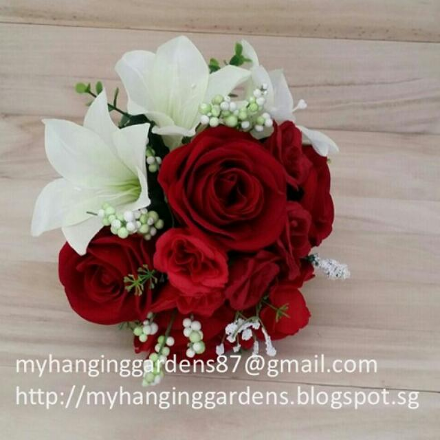 White Lily Roses Bridal Bouquet Womens Fashion On Carousell