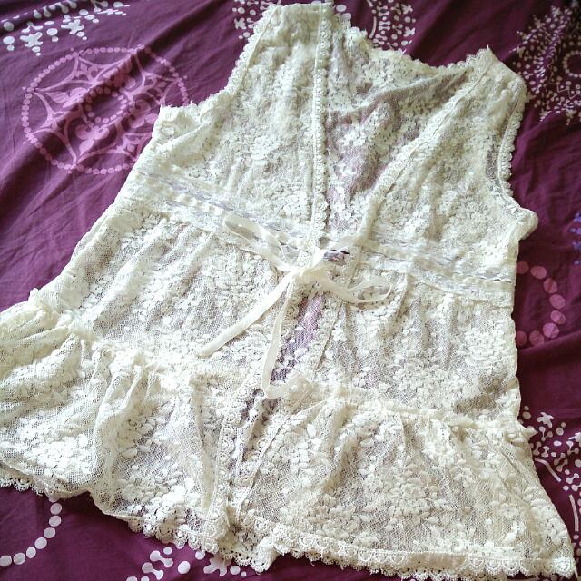 Lacey Vest / Outerwear