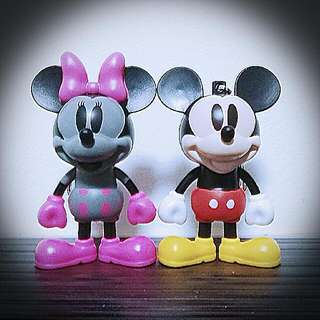 Mickey N Minnie Keychain Up For Grabs