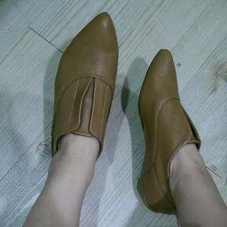 韓國 尖頭牛皮鞋(24)