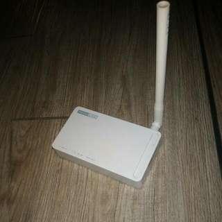 簡約設計 Wifi路由器  受不了的白...
