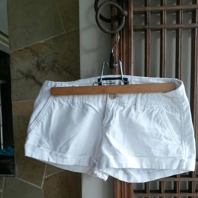 Abercrombie&Fitch White Shorts