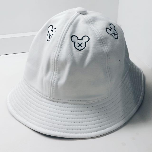全新 米奇漁夫帽 (皮)