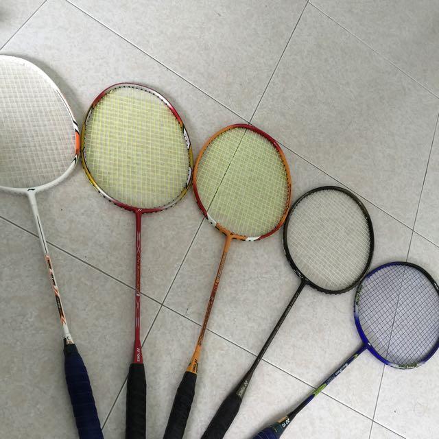 Arc Saber Delta Badminton Racquet