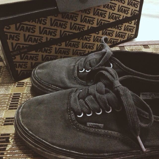 2cd97d21f6 Overwashed Black Vans Authentic CA