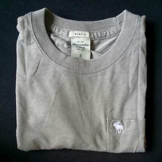 Abercrombie and Fitch Tee(Short Sleeved)