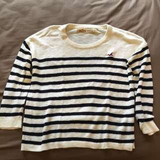 Hollister 藍白紋針織衫