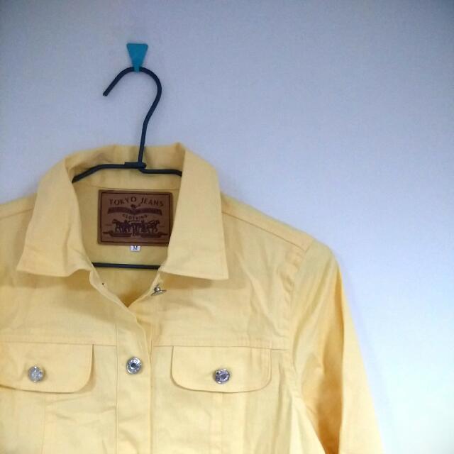 鵝黃 短版硬挺襯衫/罩衫 (M)