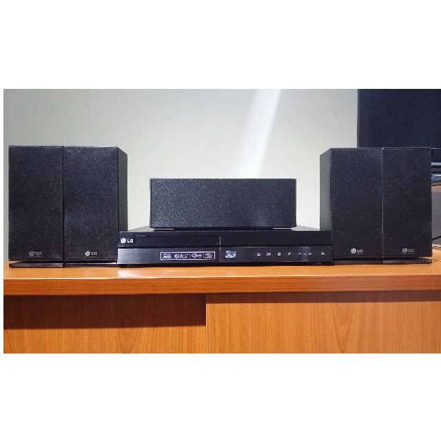 (Negotiable) 3D BLU-RAY DISC HOME THEATER SYSTEM WITH LG SMART TV LG BH6220S
