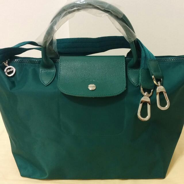 ***RESERVED Emerald green Longchamp Le pliage Neo
