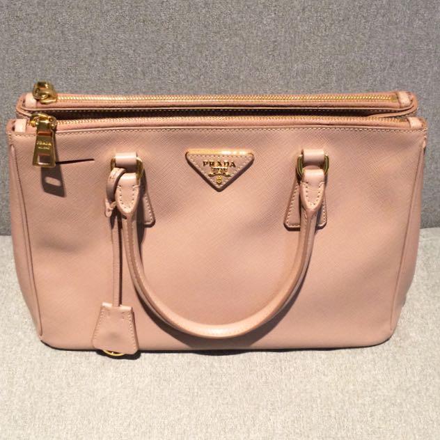 37c982e3a444 Preowned Prada Saffiano Lux Double Zip Tote Bag - Cammeo Second Hand ...