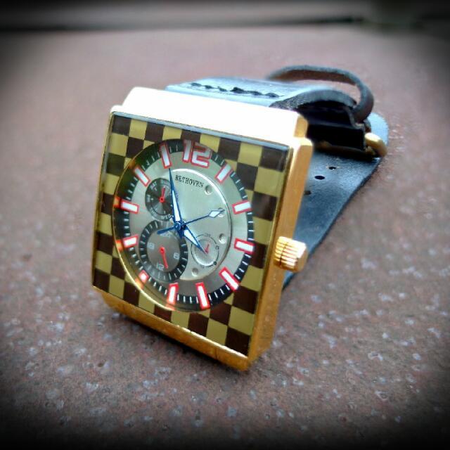 黃金方塊手錶
