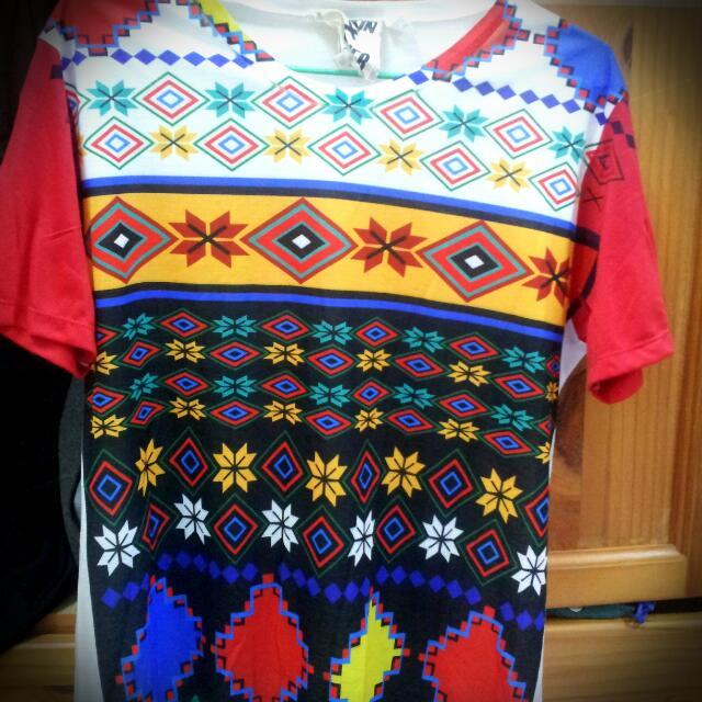 民族風 T-Shirt