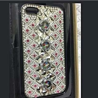 I Phone 5超閃亮水鑽殼✨✨✨..每款只有唯一個..