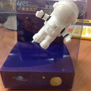 全新/太空人造型USB小夜燈