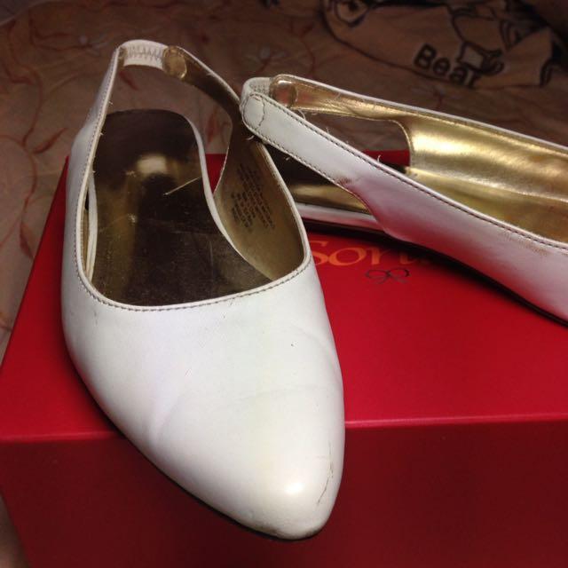 Old Navy 優雅白色平底鞋