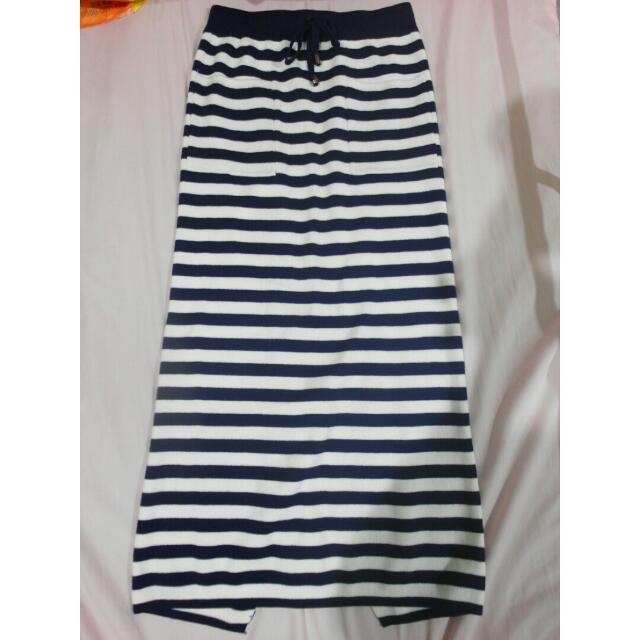保留中(全新)長窄裙-藍白條紋
