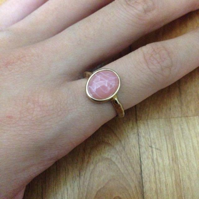 ✨全新 粉寶石戒指