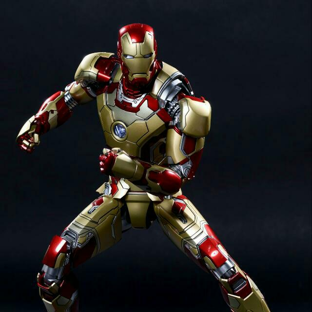 Reserve Hot Toys Iron man mark 42 Hottoys Ironman Diecast