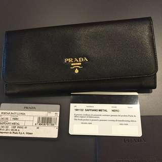 <RESERVED> Pre-loved Authentic Prada Saffiano Wallet