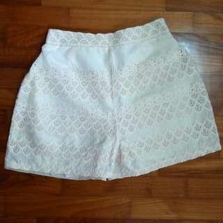 White Pattern Short
