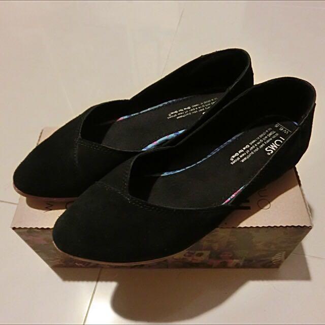 ✨降價便宜亂賣✨TOMS BLACK SUEDE WOMEN'S JUTTI FLATS 平底鞋