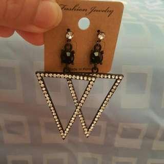 韓式氣質三角耳環